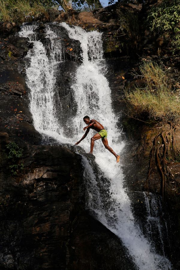 Joëlle Pénalba `la cascade` exposée 45è sni